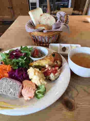 美味しいお店も沢山あるので食いしん坊さんも必見です♪今回、新潟市の「古町」エリアにスポットをあて、その魅力をご紹介していきたいと思います。