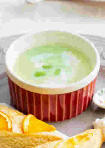 夏と言えば枝豆。塩茹でだけでも美味しいですが、ポタージュでもぜひ楽しんでほしい野菜です。こちらは生クリームを使い、洋風の味に。
