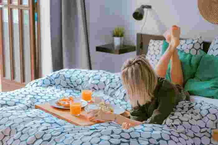 少しの工夫で、今まで時間がかかっていた家事がグッと楽になります。手抜きして空いた時間は、ゆっくり体を休めたり、家族と団らんしたり、自分磨きの時間など好きに使えます。毎日の暮らしがきっと豊かになるはずですよ。