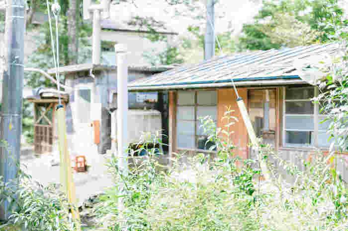 今、日本中で様々なまちおこしが行われています。少子高齢化による人口減少や、空家の増加と商店街のシャッター街化など、小さな市町村では問題がたくさん!だけど、自然も豊富に残っているし、物価も安く、都会暮らしとは異なる時間が流れています。