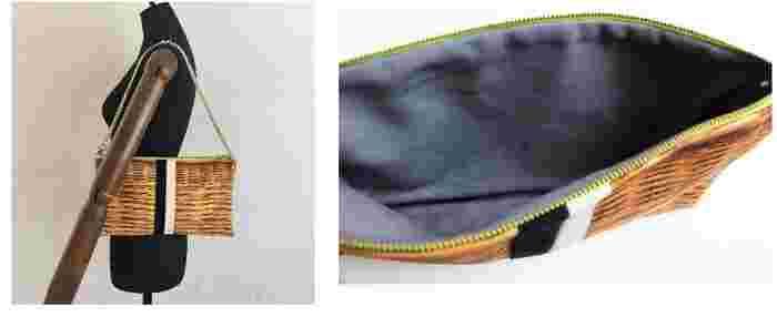裏地はブルーグレー。サイズ:30㎝×18㎝、マチなし。調節可能な120㎝のチェーン。グリーンのファスナー尽き。両サイドのDカンによって、斜め掛けすることも可能です。