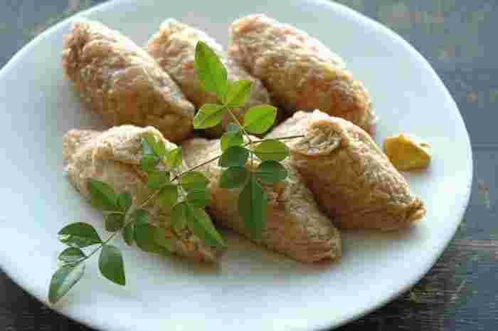 油あげを炊く時にだし汁を使わなくても美味しくできます!濃い口醤油で甘辛い味付けに。
