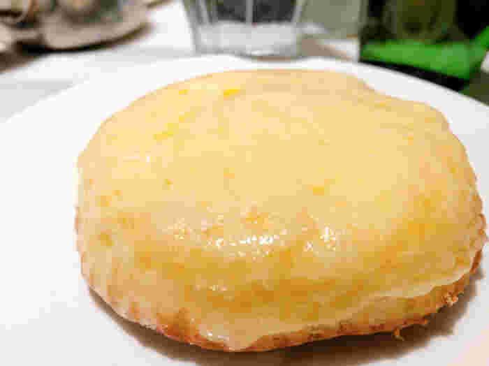 メディアでも多く取り上げられている「デンマークチーズケーキ」を食べられるのが観音屋。とろとろになったチーズが下のケーキを覆うようにかぶさり、何とも言えない塩気と旨味、コクが口の中いっぱいに広がります。