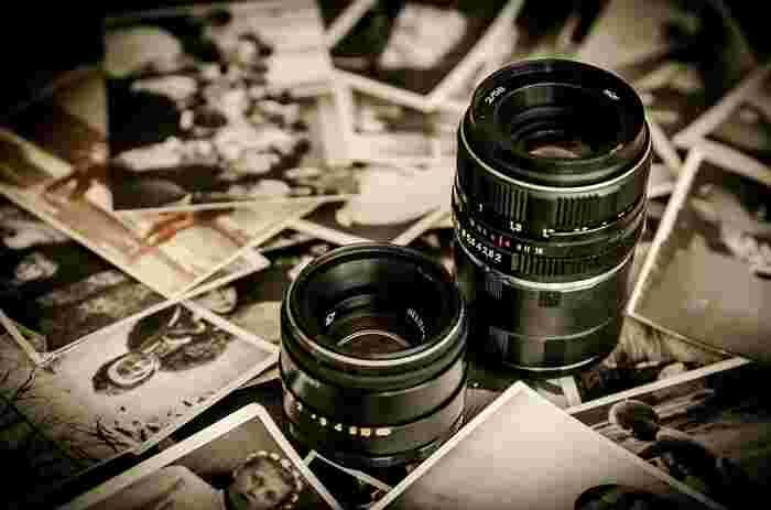 フィルムカメラがメインだった時代、現像やフィルム代にお金がかかり、写真を趣味にするというのは気軽に始めるにはハードルが高いものでした。でも、デジタルカメラの普及で、誰でも簡単に素敵な写真を、手軽に撮ることができるようになってきました。