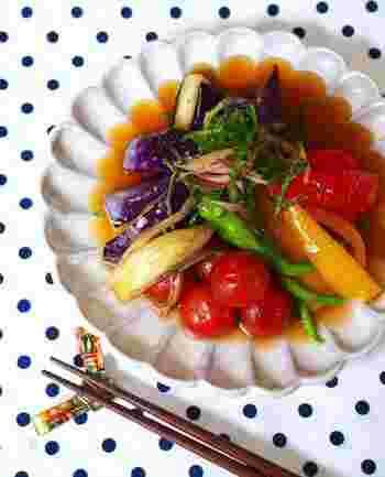 夏の太陽をたっぷり浴びて、ビタミンやミネラルなどの栄養がいっぱい詰まった夏野菜。旬のお野菜を手軽に食卓にプラスさせましょう♪赤や緑、紫、黄色など夏野菜はカラフルなので彩りもよくなりますよ。たくさん食べて元気に夏を乗り切りましょう。