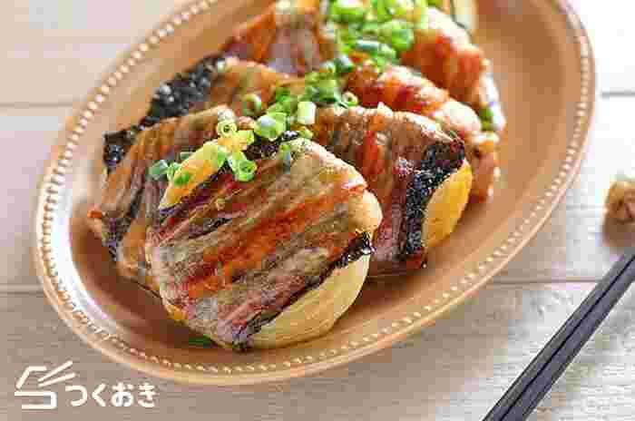 輪切りにした玉ねぎに、焼きのり、豚肉を巻いて焼き、バター醤油にからませます。ご飯が進む味で、食欲を刺激されます♪