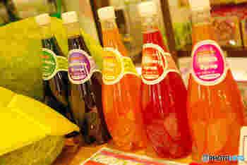 「ジュース割り」なら、アルコールが苦手な人でも飲みやすくすることができます。フルーツジュースだけでなく、野菜ジュースもおすすめです。ジュース割りに缶詰のフルーツを加えて、デザート風の食後酒にするなんて楽しみ方もありますよ♪