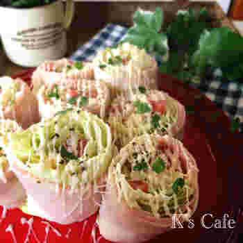 具材をギュッと巻いたトルティーヤのようなハイローラー風のレシピ。野菜たっぷりでヘルシーランチにもぴったりの一品です。