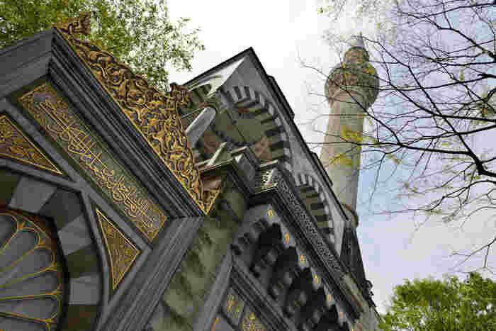 トルコの文化に触れる美しい礼拝堂と異国情緒を味わうショップやカフェ@代々木
