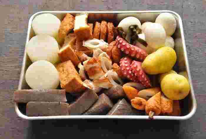 冬の風物詩…おでんも出汁が決め手です!具の下ごしらえ方法から、おでん出汁の作り方まで詳しく紹介されています。