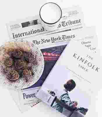 英字新聞や雑誌もボトルラッピングには大活躍。好きなページを選べば雰囲気のあるラッピングが出来そうですね。