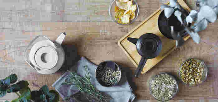 美味しいお茶の淹れ方を学んだ後は、見た目も美しく、お茶を美味しく淹れることができる道具をご紹介したいと思います。
