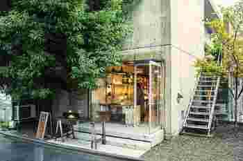 お近くの方は店舗にもぜひ訪れてみて下さいね♪  ■Art Style Market 東京都渋谷区神宮前6-14-10 ☎03-3486-4875 【営業時間】11:00〜20:00