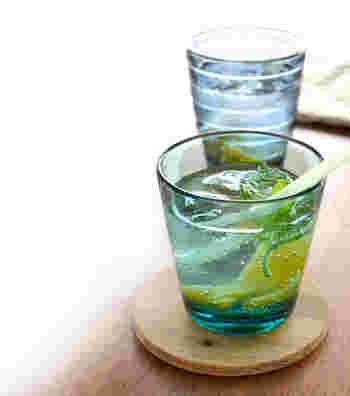 北欧の人気ブランド「iittala(イッタラ)」のKartio(カルティオ)シリーズのタンブラー。普段使いにぴったりのシンプルで丈夫なグラスです。飲み物のほか、グラニテなどのデザートの器としてもおすすめ。