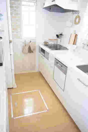 キッチンは食べ物を扱う場所だけに、特に気をつけたいところ。日々のお手入れをいつも以上に念入りに行い、除菌作業をプラスしてみましょう。