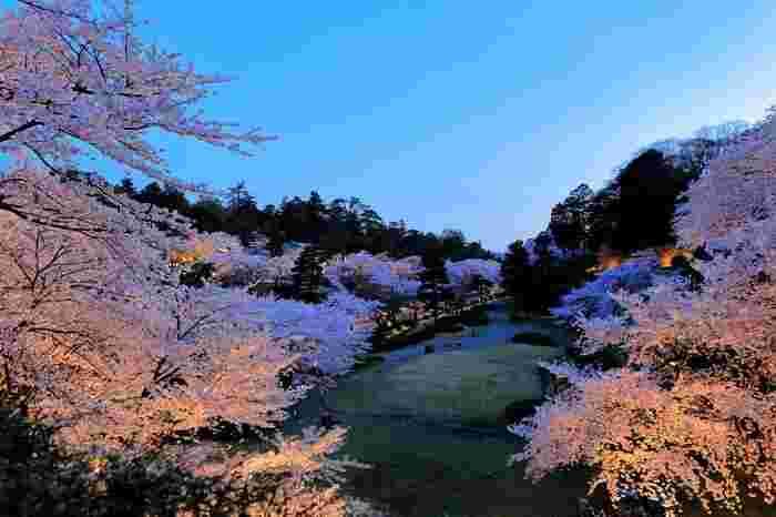 兼六園、金沢21世紀美術館など、多くの魅力的な観光スポットが集まる石川県金沢市。