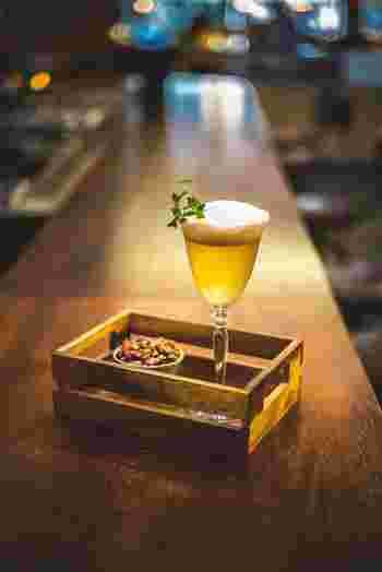 日本でもミクソロジーを扱うバーや、専門のラウンジが増えてきました。日本人ミクソロジストたちの高い技術も評判です。 お酒が苦手な人のためのノンアルコールでも個性がいろいろあるので、一度体験してみては。