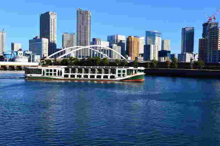春の日差しを感じながら水上散歩も良いですね。水上から見る東京はまた違った風景です。