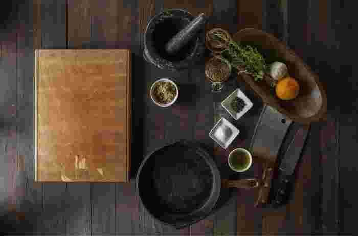 切れ味抜群の中華包丁。これを持っていたらかなり本格的ですね。 肉でも野菜でもなんでもおまかせあれ。