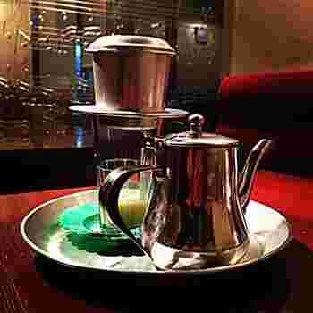 下北沢店の他、下北沢南店・原宿店があり、どのお店でもベトナムコーヒーを飲むことができます。