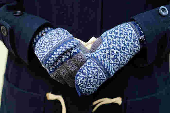 機能的なものから、素材にこだわった上質なものまで。サイズがほぼフリーの手袋はプレゼントにも選びやすくて◎。自分用にも大切な人にも贈りたくなる、この冬を楽しくしてくれる可愛い手袋のご紹介です。