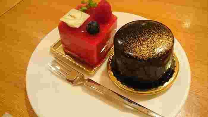 ケーキは店内でも食べることができます。SWISSのケーキは、味も見た目も抜群なのでお土産にしてもきっと喜ばれますよ♪