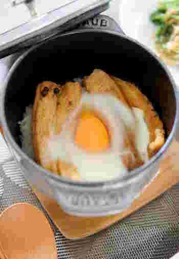 こちらは穴子丼を石焼き仕立てに。半熟卵が美味しそう~。