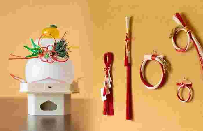 お正月飾りには「鏡餅、しめ縄、しめ飾り」等がありますが、それぞれに意味が込められています。