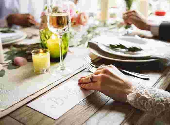 外食やカフェに行くなど、日々の生活に楽しみをくれる食事。美味しいのはもちろん雰囲気まで楽しめるのが外食の良さですね。