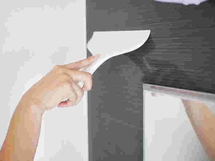 無駄のないデザインで使い心地の良いスキージー。先端がしなるので、水をしっかり切ってくれます。お風呂に入った後に水切りすると、カビ対策に効果的です。キッチン掃除や窓掃除にも大活躍!