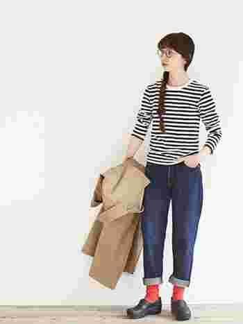 春風を感じたら重い冬のアウターを脱いで、軽やかなトレンチコートやステンカラーコートで、お出掛けしたいですよね。この記事では、毎日の着こなしの参考にしたい素敵なトレンチ&ステンカラーコートのコーデをご紹介していきます。