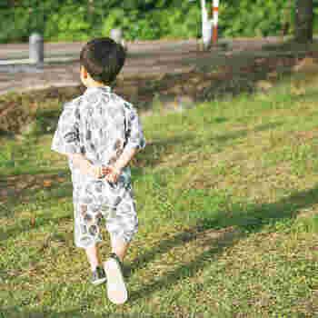 お子さんと一緒にお気に入りの布を選んだら、出来上がった時の喜びもひとしお。世界にひとつだけのオリジナル甚平ですね。