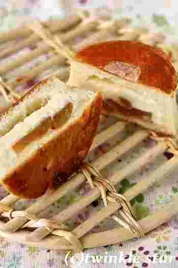 りんごとクリームチーズのパンは癖になる美味しさ♪是非一度ご賞味あれ。