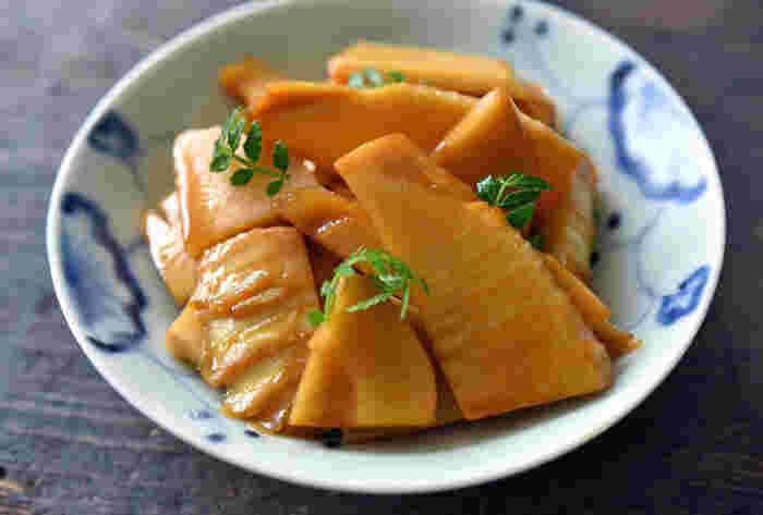 ゆでたけのこをきんぴらにしたお手軽レシピ。 冷蔵で3日ほどもつので、常備菜として作り置きしておくのもおすすめです。