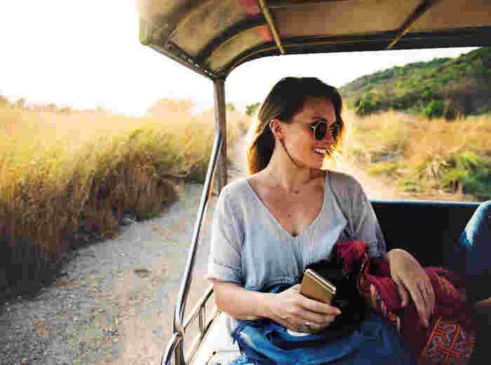 海外旅行をしたときに、道がわからなくなって誰かに尋ねた経験はありませんか?言葉が上手く通じなくても、親切に助けてもらえると嬉しくなって、その国のことをより好きになりますよね。