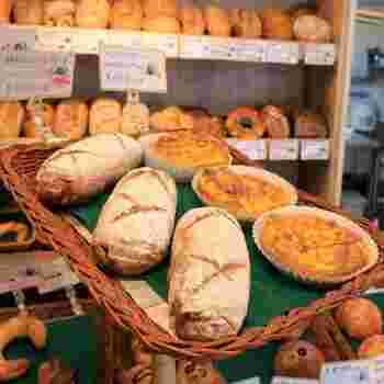 日本では珍しい本場のドイツ人パン職人が手掛けるドイツパンは、食品添加物は一切使わずに天然食材にこだわったパン作りを行っています。