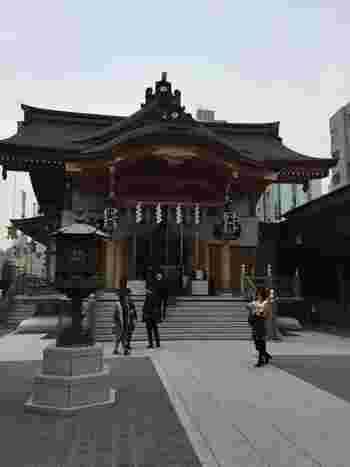 安産祈願の神社として有名な水天宮。天御中主大神(あめのみなかぬしのおおかみ)という神様が祀られていて、安産や子宝のご利益があります。