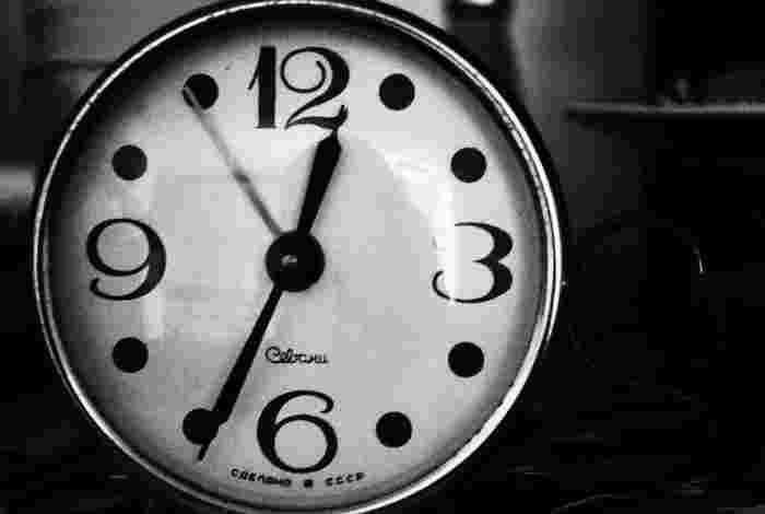 ただ刻一刻と時間だけが過ぎて行ってしまう…。  日々、何もしない時間をだらだらと過ごしてしまいがちな人も少なくないのでは? 今回はそんな方へ、モチベーションアップに役立つ10個のヒントをご紹介します。