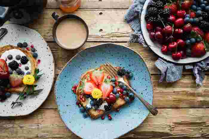 1日の始まりをごきげんに♪フルーツたっぷりの朝食パン&ドリンクレシピ1week