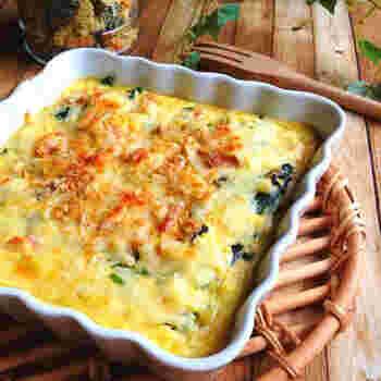 おからを使って、簡単に作れるクリーミーなキッシュ。ベーコンやチーズがコクとうまみをアップさせますが、あと味はさっぱり。おもてなしメニューとしてもよさそうです。