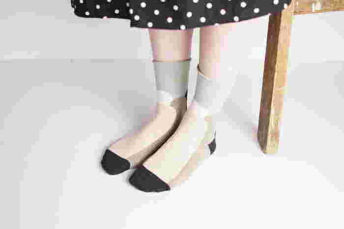 「salvia(サルビア)」で人気の伸縮性に優れた「ふんわりくつした」は、肌に優しいコットン素材で、ガーゼのような柔らかな履き心地。ふんわりと足を包んでくれます♪