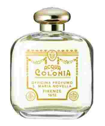 サンタマリアノヴェッラのオーデコロンといえば通称「王妃の水」と呼ばれる、その名も「サンタマリアノヴェッラ」。オーデコロンの原点といわれるこちらは500年以上も前に作られました。後にフランスのアンリ2世に嫁ぐカテリーナ・ディ・メディチのために作られた香水で、彼女がフランスに行く際には専用の調合師を一緒に連れて行ったとか。