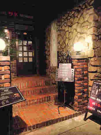 日本のジャズ発祥の地と言われている神戸。そんな神戸で人気のジャズバーがこちらの「ソネ」です。