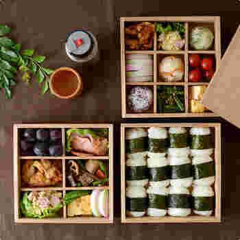お花見や運動会などにぴったりの重箱です。映画「かもめ食堂」を撮った荻上直子監督の他の映画「めがね」をご存知ですか。みんなでお弁当を食べるシーンで使われていたのが、この「松屋漆器店」さんの重箱なんですよ。ナチュラルで使い勝手がよさそうですよね。
