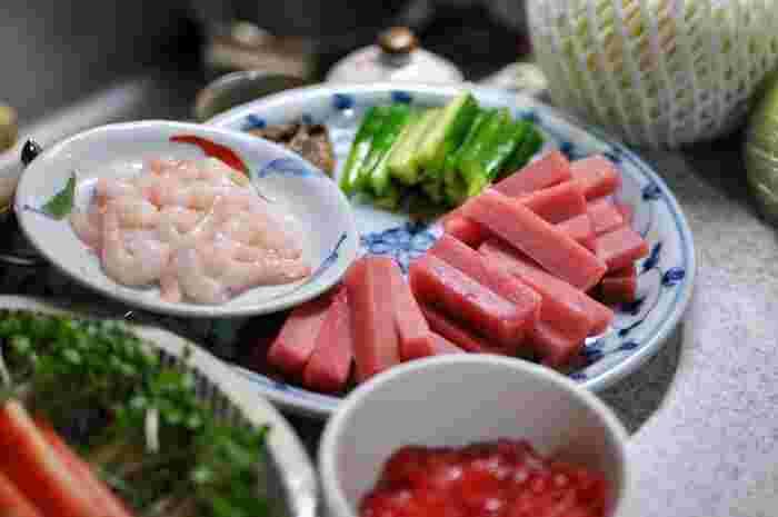まぐろ・ハマチ・イカ・サーモン…などなど。お寿司のネタにあるものはまず、ハズレなし!あぁ、美味しそう〜♪