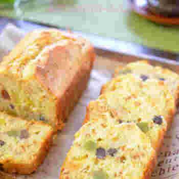 甘納豆や栗の甘露煮を使った、和風のパウンドケーキ。甘酒の種類によっても美味しさが変わりますのでお試しを。コーヒーにも緑茶にも合いそう。