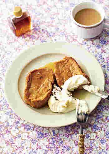 ロイヤルミルクティーをそのまま使った、香り高いフレンチトースト。ミルクティーはレンジで手軽に煮出します。いつものフレンチトーストより上品な味に仕上がりますよ。