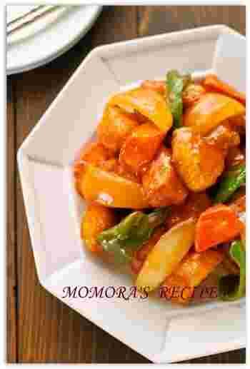 さっぱりした鶏むね肉を使い、揚げずにフライパンで炒めた酢鶏。酢を使っているので傷みにくく、また食欲がないときにも食べやすい、栄養バランス抜群のメニューです。