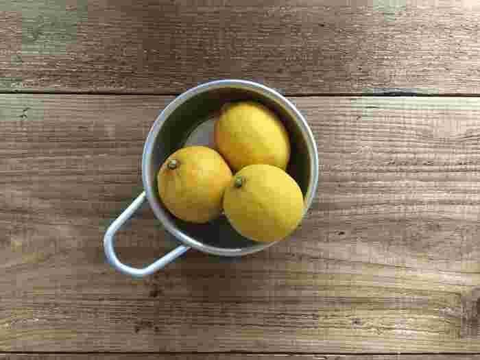 お料理で使う予定の果物や卵、冷蔵庫から出して置き場所に困った経験ってありませんか?マッコリカップは小さなボウル感覚で使えるから、食材の仮置きにぴったりです。