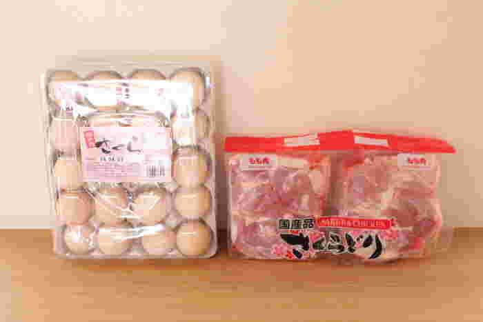 鶏肉や大容量の卵も定番のリピ買い食材です。大容量の卵は毎日の食卓に重宝しますよね。鶏肉は個装になっているので冷凍保存もしやすいですよ。